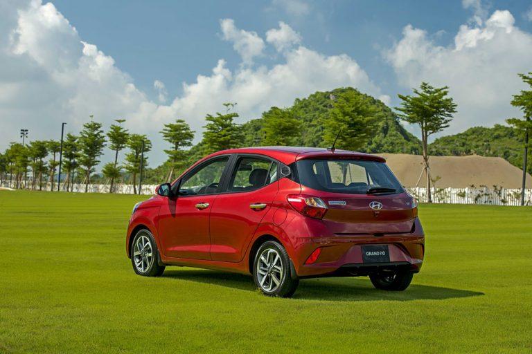 Hyundai-i10-hatchback--18-min